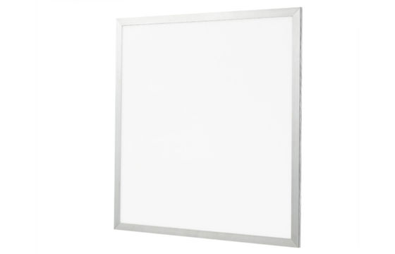 Cina 30W LED Panel Light 600X600 mm 3400 Lumen Recessed Indoor Light IP50 for Home Distributor